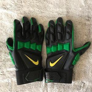 Authentic Nike Oregon Ducks Hyperbeast Gloves